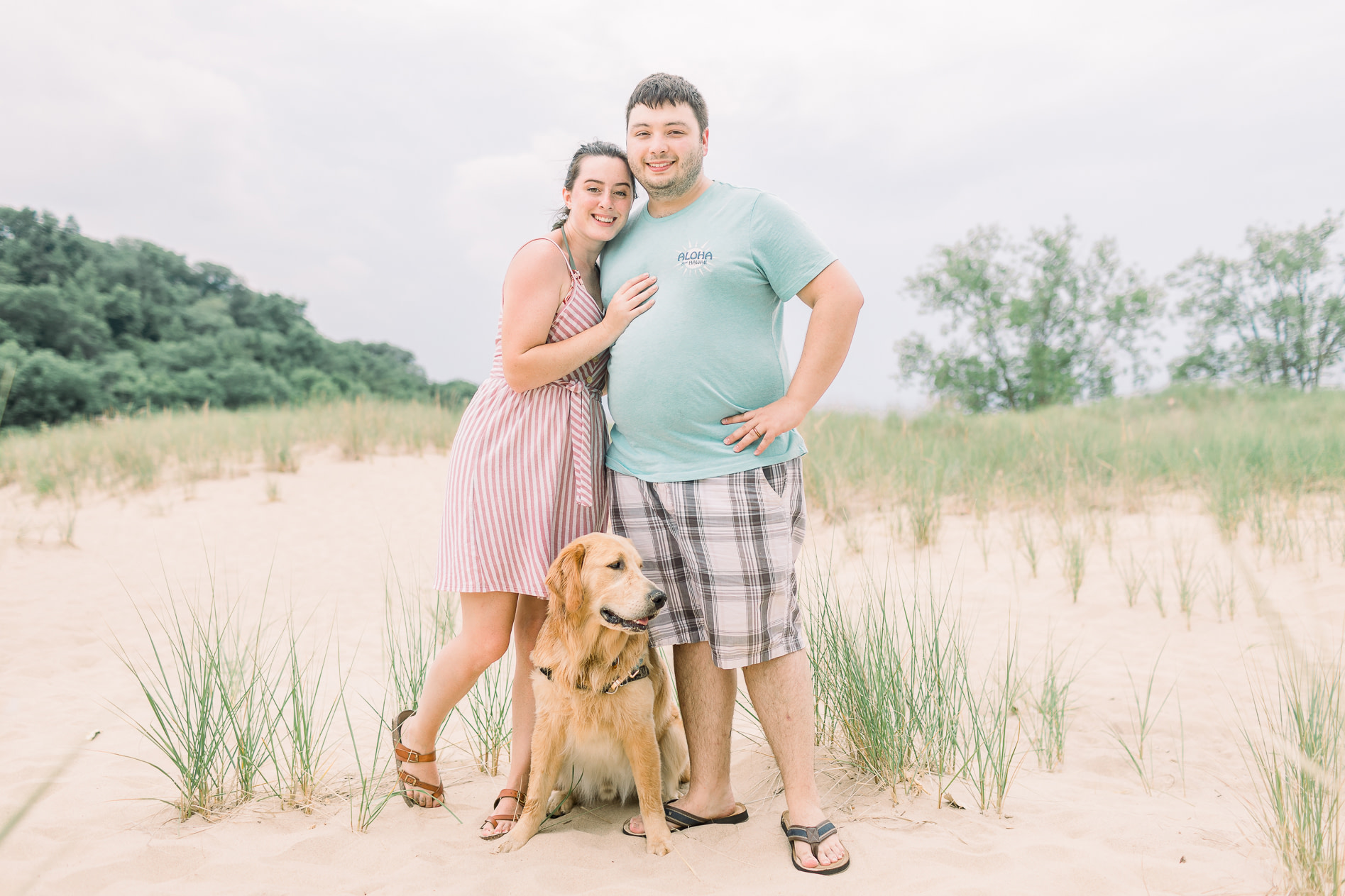 hayley-moore-photography-lake-michigan-engagement-photographer-warren-dunes-state-park-dog-beach